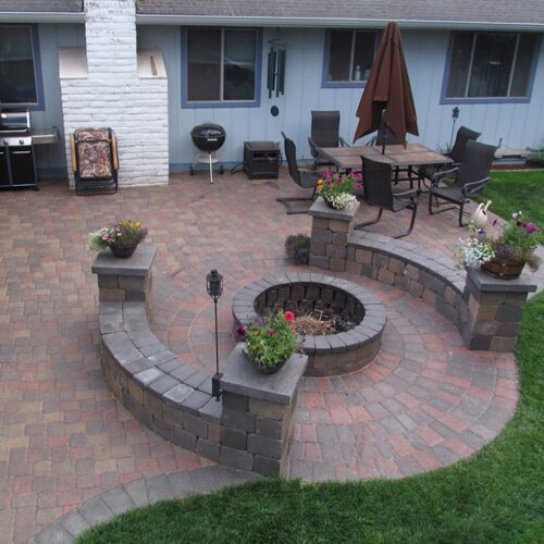Stonescapes-Pearland TX Landscape Designs & Outdoor Living Areas-We offer Landscape Design, Outdoor Patios & Pergolas, Outdoor Living Spaces, Stonescapes, Residential & Commercial Landscaping, Irrigation Installation & Repairs, Drainage Systems, Landscape Lighting, Outdoor Living Spaces, Tree Service, Lawn Service, and more.